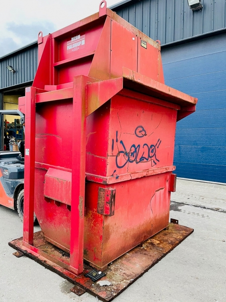 PTR 360 Vertical Baler